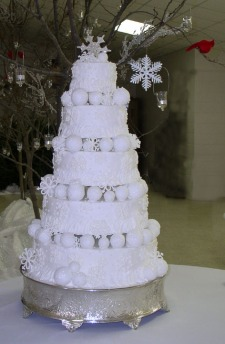 Elegant-Winter-Wedding-Cakes-for-wedding-Day-3