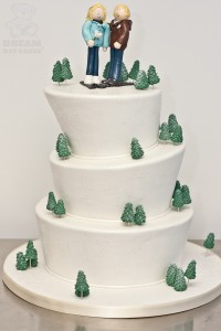 winter-wedding-cake-00-200x300