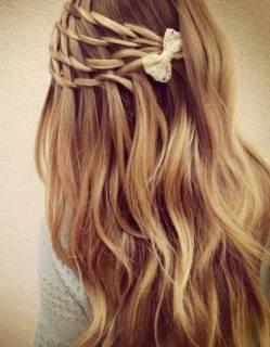 Coiffure-de-mariee-Passementerie-de-cheveux