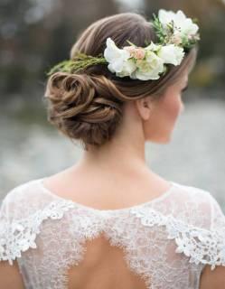 Les-plus-jolies-coiffures-de-mariees-pour-s-inspirer